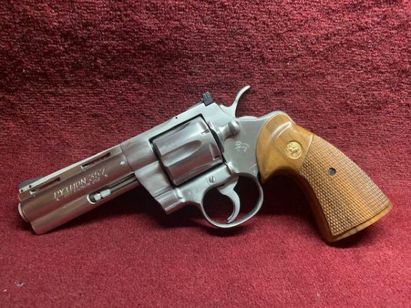 Colt - Mod. Python - Stainless - .357 Mag.