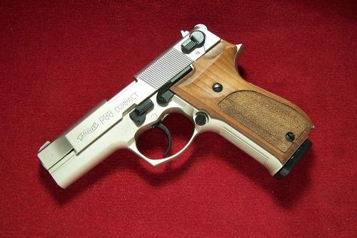 Walther - Mod. P88 Compact - vernickelt mit Holzgriffschalen